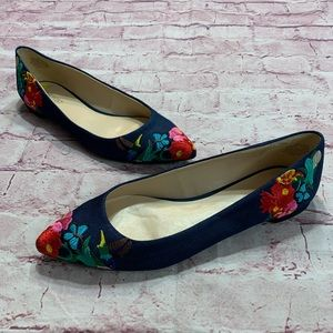 Nine West Womens Size 9 Blue Embroidered Flats